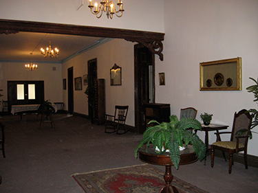 The common area outside of the doctor's private apartments.